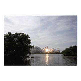 El esfuerzo del transbordador espacial quita fotografías
