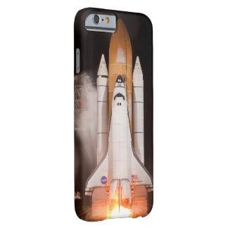 El esfuerzo del transbordador espacial quita funda barely there iPhone 6