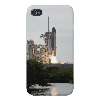 El esfuerzo del transbordador espacial quita iPhone 4 coberturas