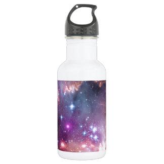 El espacio brillante de la nebulosa protagoniza al