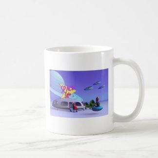 El espacio come la taza del café