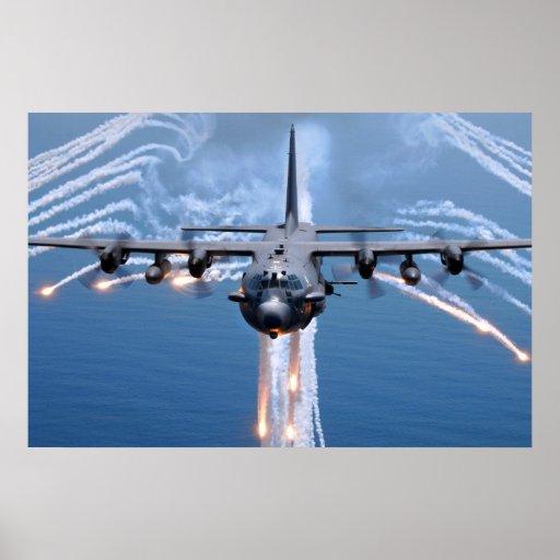 El espectro de AC-130H desecha llamaradas Poster