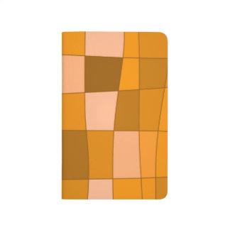 El espejo de la diversión llega el naranja cuadernos grapados