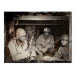 El esperar de los médicos de WWII Postales
