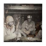 El esperar de los médicos de WWII Teja Cerámica