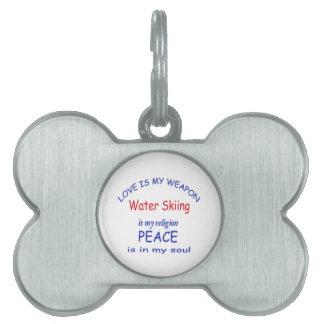 El esquí acuático es mi religión placa de nombre de mascota