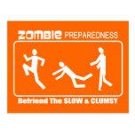 El estado de preparación del zombi Befriend diseño Postales