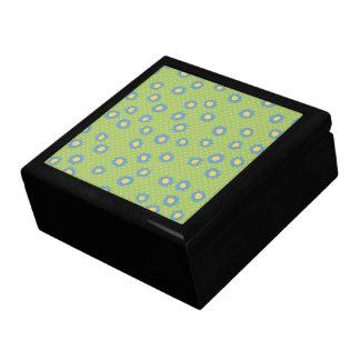 El estallido florece la caja de regalo azul de la