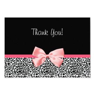 """El estampado leopardo de moda y la cinta rosada le invitación 3.5"""" x 5"""""""