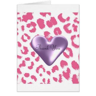El estampado leopardo rosado con un corazón tarjeta pequeña