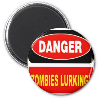 El estar al acecho de los zombis iman de nevera