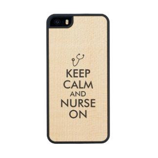 El estetoscopio del regalo de la enfermera guarda funda de arce carved® para iPhone 5 slim