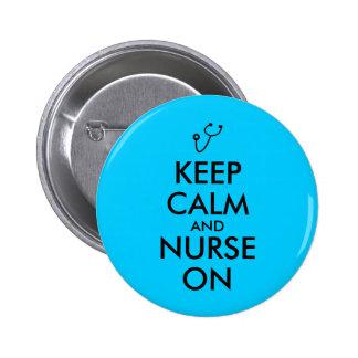 El estetoscopio del regalo de la enfermera guarda pin redondo de 2 pulgadas