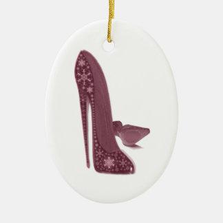 El estilete del navidad calza arte adorno navideño ovalado de cerámica