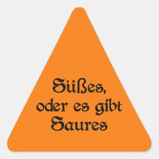 El estilo alemán de Halloween celebra Pegatina Triangular
