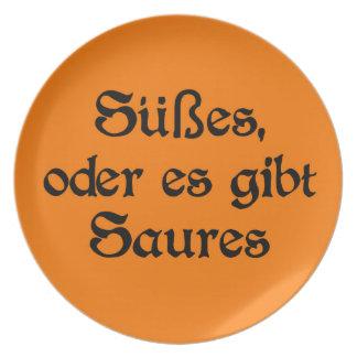 El estilo alemán de Halloween celebra Platos