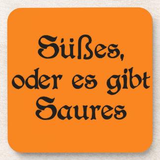 El estilo alemán de Halloween celebra Posavasos De Bebidas