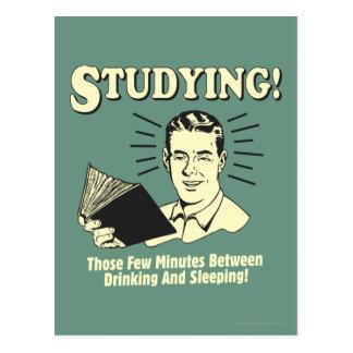 El estudiar: Consumición y el dormir Tarjetas Postales
