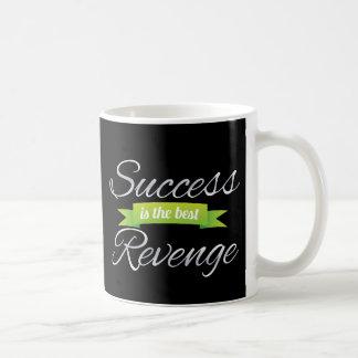 El éxito es el mejor verde de la venganza tazas