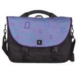 El extracto ajusta el bolso azul del viajero del o bolsas de portátil