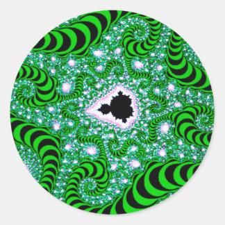 El extracto colorea gusanos verdes pegatina redonda