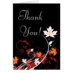 El extracto de las hojas de otoño le agradece felicitaciones