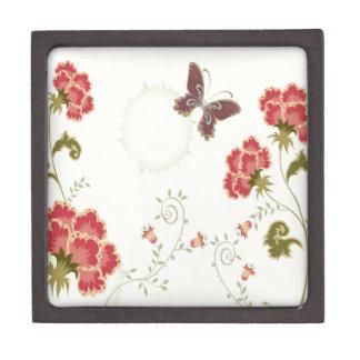 El extracto florece la mariposa blanca del verano caja de recuerdo de calidad