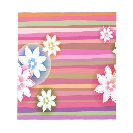 El extracto florece rayas rosadas de los colores c libretas para notas
