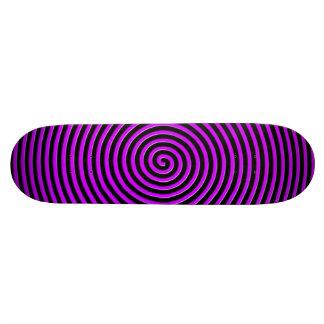 El extracto hipnotizó púrpura negra tablas de patinar