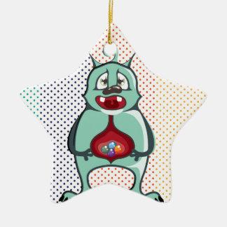 El extranjero comió los caramelos adorno navideño de cerámica en forma de estrella