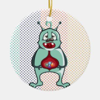 El extranjero comió los caramelos adorno navideño redondo de cerámica