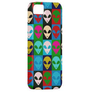 El extranjero de espacio dirige arte pop iPhone 5 carcasa