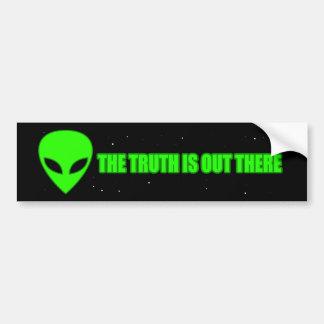 El EXTRANJERO la verdad está hacia fuera allí Pegatina Para Auto