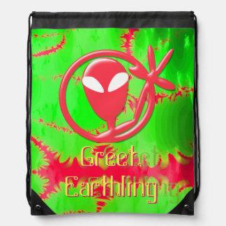 El extranjero rosado del saludo saluda fractal del mochila
