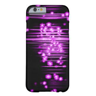 El Faerie púrpura enciende arte del fractal Funda Barely There iPhone 6