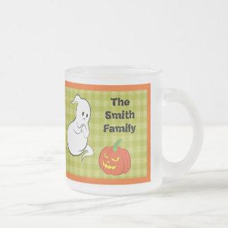 El fantasma que es asusta por una calabaza taza de café