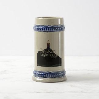 El faro quebrado representa la taza de cerveza
