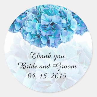 El favor azul del boda del hydrangea marca etiqueta redonda