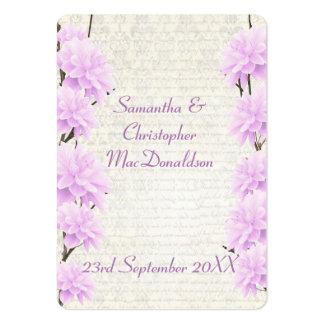 El favor floral del boda de la lila pálida le tarjetas de visita grandes