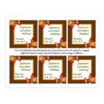 El favor marca las hojas del follaje de otoño con  postales