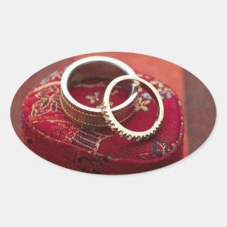 El favor oval del boda sella la caja de pegatina ovalada