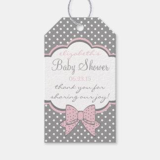 El favor rosado y gris de la huésped de la fiesta etiquetas para regalos