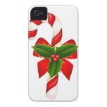 El feliz árbol del día de fiesta del navidad adorn iPhone 4 fundas