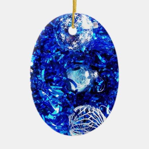 El feliz árbol del día de fiesta del navidad adorno navideño ovalado de cerámica