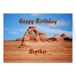 El feliz cumpleaños de Brother, arco delicado, arq Felicitación