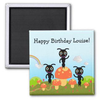 El feliz cumpleaños dice las hormigas imán cuadrado