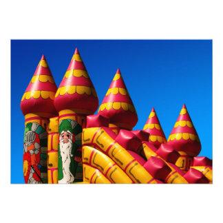 El fiesta animoso del castillo invita comunicados