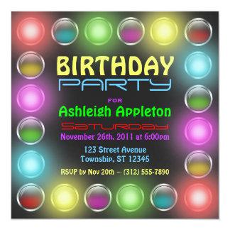 El fiesta brillante enciende invitaciones del invitaciones personales