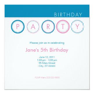 """El fiesta circunda - centrado - el azul y el rosa invitación 5.25"""" x 5.25"""""""