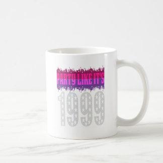 El fiesta como él es 1999 - púrpura protagonizada taza de café